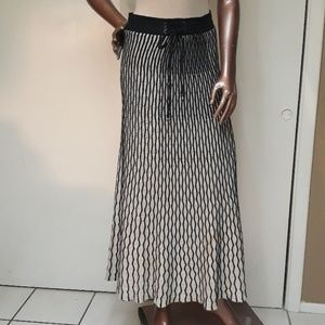 Lapis Boho Textured knit Maxi Skirt